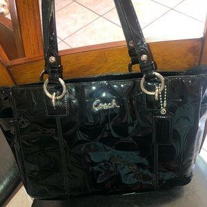 Handbags - Embossed C Patent Leather Coach Purse